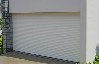 车库门的特点及保养与适用范围